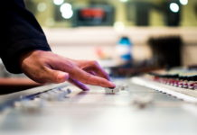Akai MPC Live - potężne urządzenie do produkcji muzyki i gry na żywo