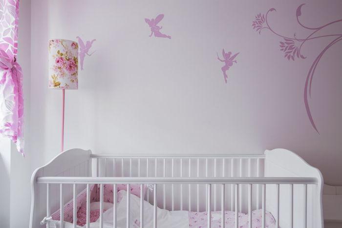 Pokój niemowlaka – jaki wybrać kolor ścian i mebli?