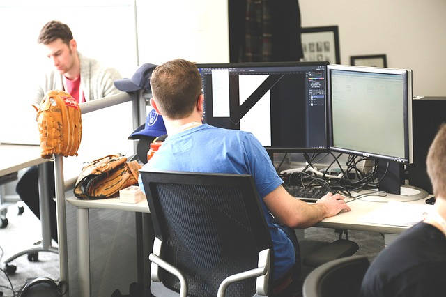 Fotele biurowe ergonomiczne