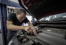 Jak zaoszczędzić na naprawie samochodu?
